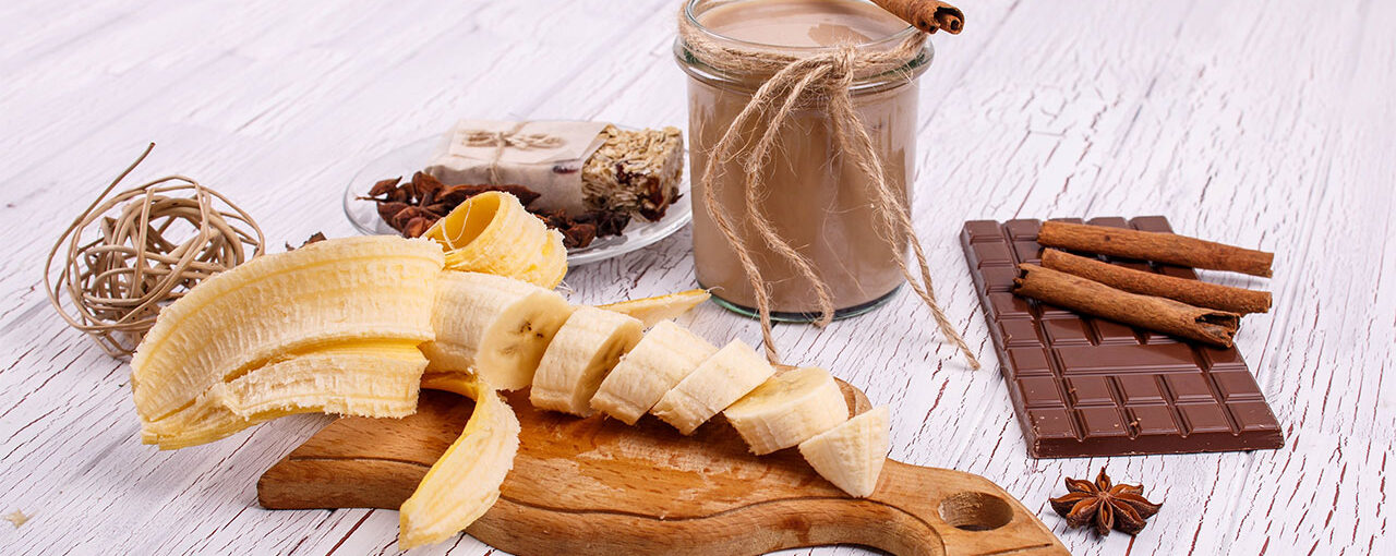 Best Ingredients for a Muscle-Building Shake